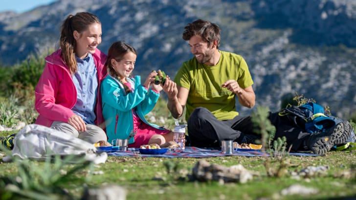 Trekking-Bekleidung für Erwachsene und Kinder