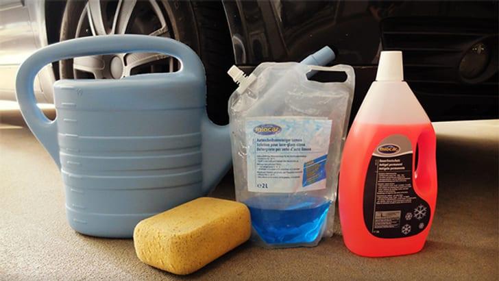 Reinigungsmittel für das Auto