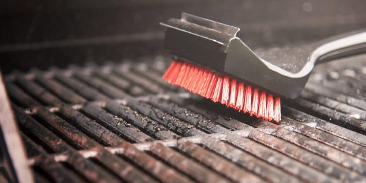 grill reinigen so wird s richtig gemacht migros. Black Bedroom Furniture Sets. Home Design Ideas
